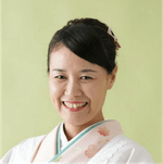 host-Yoshie